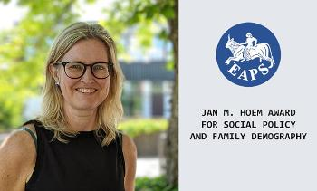 "Trude Lappegård, logo og teksten ""Jan M. Hoem award for social policy and family demography"""