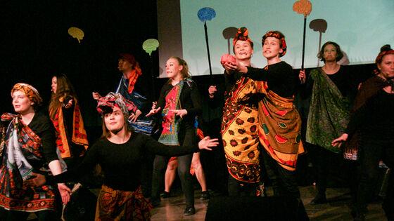 """Studentrevyen """"Lystløgn - making revy great again"""" lages av Revygruppen Morrari. Foto: Rune Braaten"""